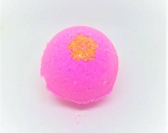 PEAR and fruit of the dragon - bath bomb