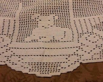 Vintage crochet chair back