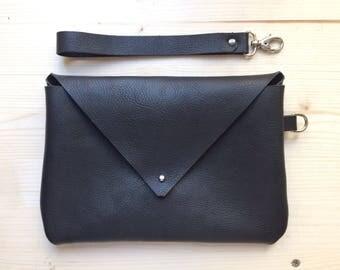 Leather iPad case mod. Alice