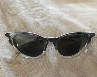 Vintage Glamourous Cat Eye Sunglasses