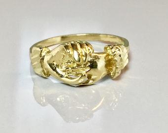 Vintage 10k solid gold Ladies Ring ring - Vintage Ladies Gold Ring - Ladies 10k Gold Ring - Ladies Gold Hand Ring