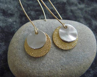 round earrings gold and silver