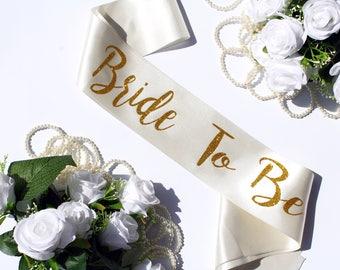 Bride to be sash Bridal sash Wedding sash Bachelorette Bride Sash, Bridal Party Sash, Bachelorette gift, Plus Size, Personalized, Style A