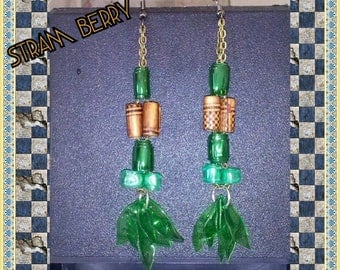 Sun earrings in two shades of green