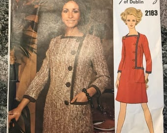 Vogue Couturier Design Pattern - Sybil Connolly - 2183 - size 10