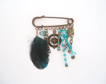 Charm and feather pin