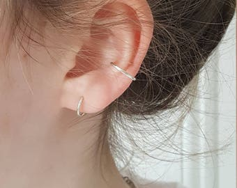 Silver Ear Cuff  -  Delicate Adjustable No Piercing Ear Cuff  -  Minimalist Ear Cuff  -  Handmade By Linda Tucker