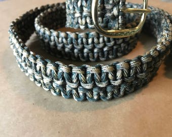 Military thesed paracord belt