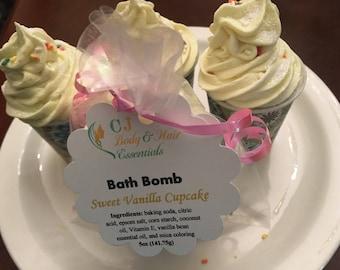 Sweet Vanilla Cupcake Bath Bombs