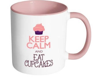 Keep Calm and Eat Cupcakes| Cupcake t-shirt| Shirts for bakers| cupcake queens| Baker moms| Bakers gonna bake| Whip it good| Bakers mug