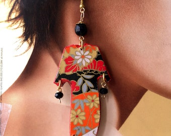 Japan, Kimono Series earrings in paper, black agate and faceted orange, gold antiqued components, Nikel free. Spring 2018.
