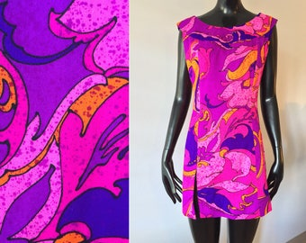 Vintage Ludy for Ludi's Honolulu Hawaiian 1970s Psychedelic Neon Pink Purple Barkcloth Tunic Top Minidress