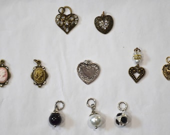 Collar Add Ons - Antique Gold Assorted Heart Charms