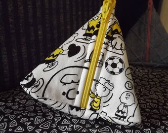 Charlie Brown Zipper Pouch