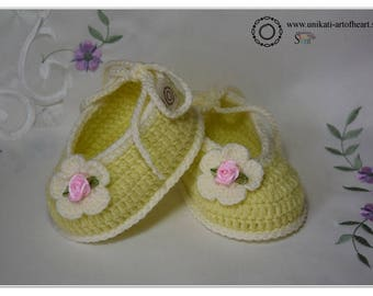 Crochet Shoes / Girls Shoes / Baby Girl Gift / Crochet Sneakers / Cute Baby Shoes / Newborn Baby Shoes / Baby Slippers / Pregnancy / Newborn