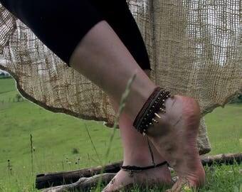 Brown green foot band
