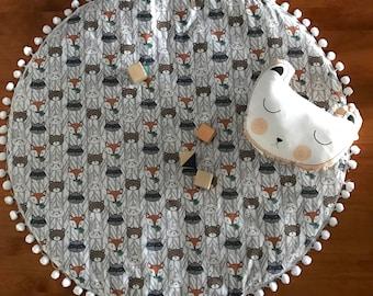 Friendly Faces Playmat / Nursery / Decor