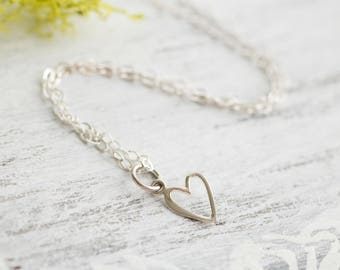 Valentines Gift, Tiny Heart Necklace, Sterling Silver Heart , Dainty Heart, Small Heart Pendant, Heart Charm Necklace,Gift for Girlfriend