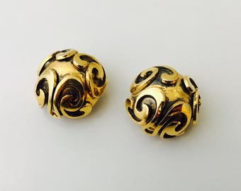 1980s Golden Round Clip On Earrings