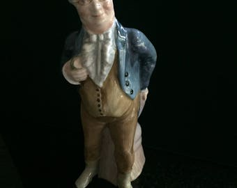 "UNCOMMON - CROWN STAFFORDSHIRE ""Mr. Pickwick"" figurine 6 1/4"" tall"