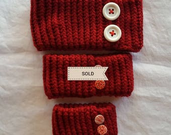 Knitted Neckwarmer - Red with Button Decoration