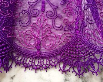 Lingerie fabrics – Mesh lace – Scallop edge – Embroidered lace trim – Purple lace trim • per yard