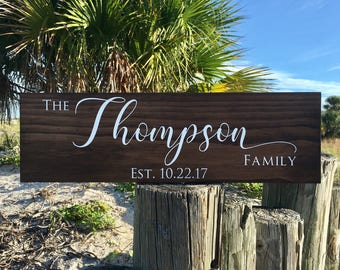 Last Name Sign, New Home Gift, Housewarming Name Gift, Farmhouse Wall Decor, Wood Sign, Wedding Gift, Anniversary Gift, Name Sign