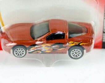 Matchbox Treasure Inside 2005 Chevrolet Corvette C6 1/64 Diecast