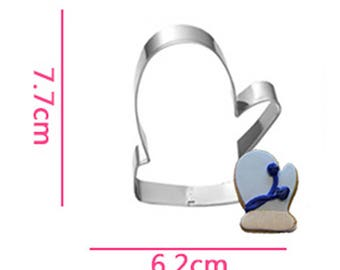 Glove Cookie Cutter- Fondant Biscuit Mold - Pastry Baking Tool Set