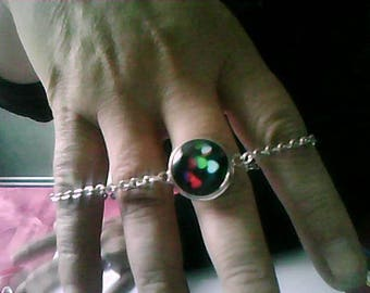 beautiful bracelet with a snap