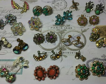Lot of 18 pairs of Vintage Earrings....wow : )