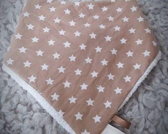 Baby girl or boy - newborn gift idea - beige stars bandana bib