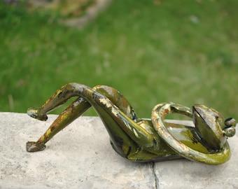 handcrafted garden ornament, garden sculpture, Garden decor, metal frog, pond decor, garden frog.