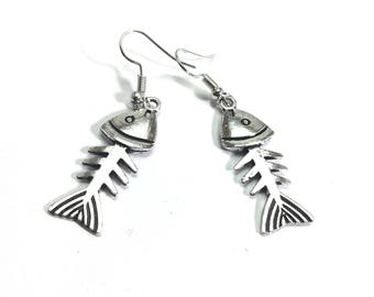 German silver oxodise silver plated earring