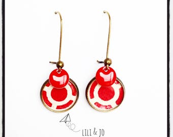 Collection of cabochons: red and off-white round Stud Earrings