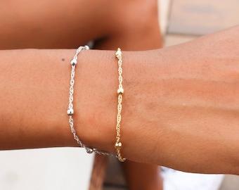 Satellite Chain Bracelet / Dainty Gold Bracelet / Silver Bracelet / Gift Idea / Birthday Idea / Gold Silver Bead Bracelet / Chain Bracelet