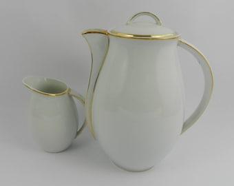 Tea pot and milk jug Bernardaud Limoges France