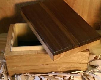 Walnut/cherry wood box