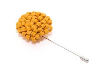 de MORÉ - honey Orange corsage