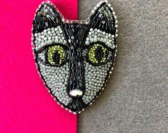 Kitty brooch,cat face,Cat Head Brooch,Beaded Cat pin,Beaded Jewellery,Kitten Pin,animal jewelry,Christmas Gift,black cat,cat lover gift