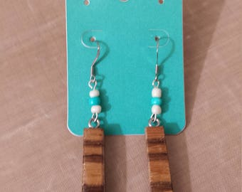 Wood earrings and beads