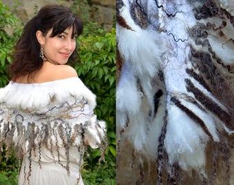 Women wool shawl Felted scarf Fur wrap Merino wool shawl Felt wrap Fur stole Fur cape  White fur shawl Fur stole white Large fur collar