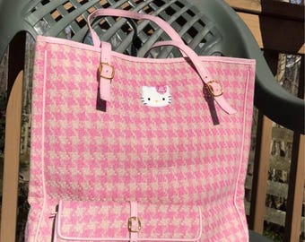 Hello Kitty hand bag and wallet set