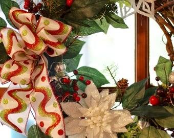 Lighted Holiday Wreath Medium Rustic Modern