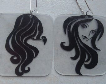 mysterious women earrings