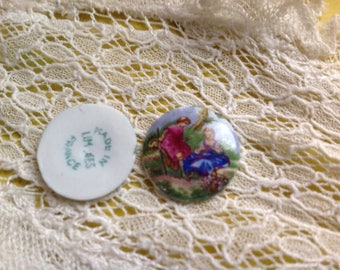 Old cabochon 18mm in Limoges porcelain