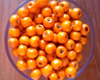 Set of 50 round wood beads oranges T28