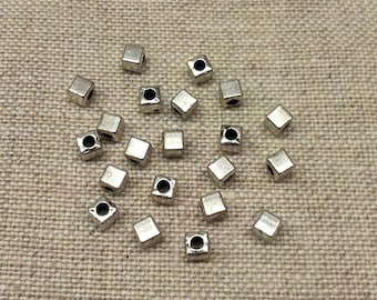 Set of 15 cubes are silver plated T27