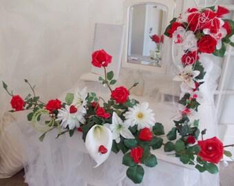 red flowers wedding centerpiece