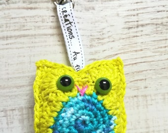 OWL Blue/Lime Green multi with lobster clasp